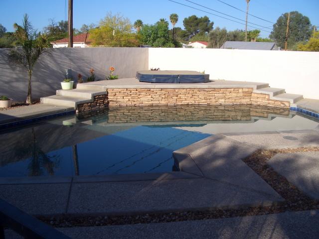 1406 E. Seneca St pool