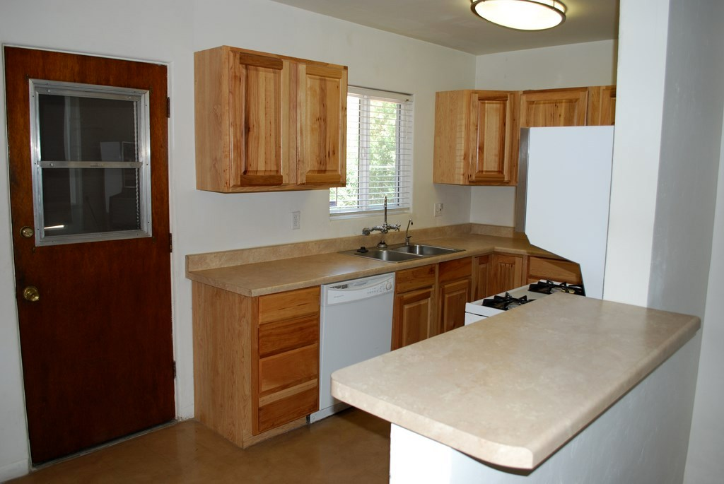 2501 Towner kitchen