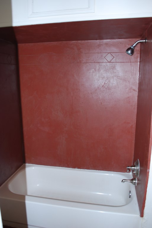 2601 E. Waverly St #1 Bath 2