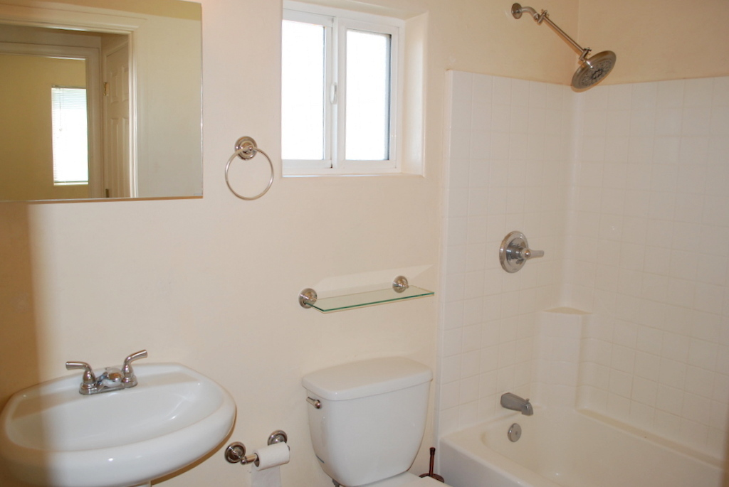 3619 N Santa Rita Ave #2 toilet and bath