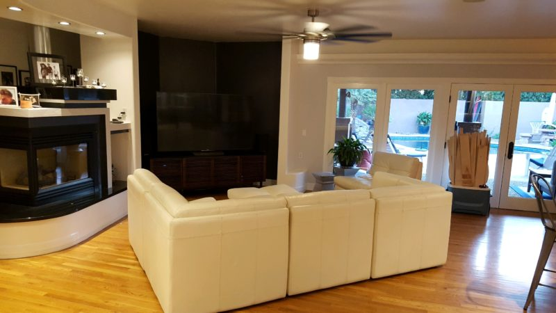 3424 N Olsen Ave Living Room
